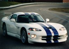 After 25 years, Dodge pulls the plug (a second time) on the Viper