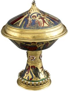 The Royal Gold Cup of the kings of England and France.' British Museum When the cup passed through the hands of England's tudor kings, its stem was adorned with the Tudor rose.  That's probably why, when James I inherited it, he gave it away to a Spaniard not long after his accession!