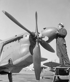 Ww2 Aircraft, Wwii, Fighter Jets, Aviation, Arms, History, Vehicles, Royal Navy, Airplanes