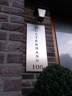 Edele Hausnummer aus gebürstetem Edelstahl  von Edelstahl-Holz-Inspiration auf DaWanda.com