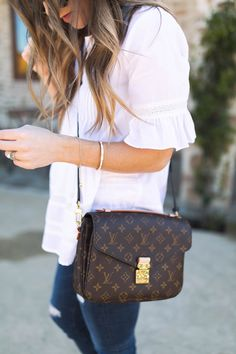 Louis Vuitton Monogram Canvas Pochette Metis Cross Body Bag Handbag |Something Beautiful