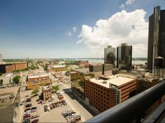 Detroit River Views From Renaissance City Apartments Luxury Apartment Living In