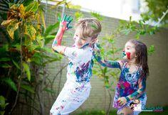 www.estudio3cliques.com.br #fotografiafamiliar #tintas #cores #cliquesecores #criançaspintadas