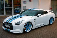 customized Nissan GT-R