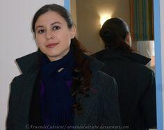 Fem!Sherlock half-up half-down cinnabun with heatless curls. A Sword-woman's Natural Hair blog