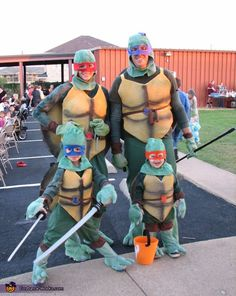 DIY Ninja Turtle Family Costume - Halloween Costume Contest...love this one could add April and splinter