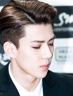 "EXOFFICAL TWITTER UPDATE 9/3/2015-------- ""Define Perfection.""  Me: ""Oh Sehun."""