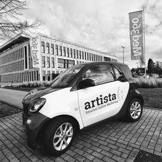 1.800 Mitarbeiter, 40 Standorte und Platz 5 der wertvollsten Arbeitgeber in #Leverkusen  Wir sind sehr stolz darauf, dass uns mit der @med360grad ein weiteres Schwergewicht der Region sein Vertrauen schenkt.  #onlinemarketing #dienstleistungsmarketing #healthcare Marketing, Instagram, Artists, Lift Heavy, Confidence, Proud Of You, Life