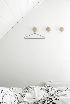 Bedroom - Hay dots