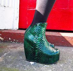0a285eb39ab6 MERMAID Green   Black Iridescent Python Leather Platform Wedge Boots