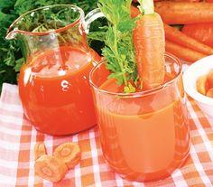 Suc de morcovi (plin de vitamine B1, B6 şi K)