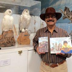 Cuantos quiere joven? Aquí puede comprar mis libros autografiados: http://ift.tt/2lodBUG  How many you want? Here you can buy my autographed books: http://ift.tt/2lodBUG #guatemalanwriter #guatemalanauthor #ellustradorfoundation #wfvz #camarillobirdmuseum #