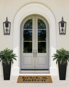 8 things you can do this weekend to improve your curb appeal before the spring rush. Some changes are simple that even a novice homeowner can accomplish. Exterior House Lights, House Paint Exterior, Exterior Design, Porch Light Fixtures, Exterior Light Fixtures, Front Door Lighting, Porch Lighting, Outdoor Lighting, House Lighting