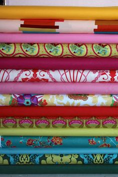 Pink Chalk Fabrics - great website for sewers