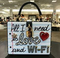 💗💖💗Saved by Ebony💗💖💗 From Gangsta ✨ Cute Purses, Cute Bags, Backpack Purse, Luxury Bags, Fashion Bags, Women's Fashion, Girly Things, Purses And Handbags, Bag Accessories