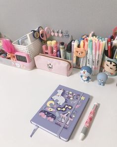 Study Room Decor, Teen Room Decor, Study Desk, Study Space, Desk Inspiration, Desk Inspo, Otaku Room, Cute Stationery, Stationary