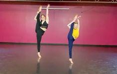 Ballet Dance Videos, Dance Tips, Dance Choreography Videos, Ballet Dancers, Ballet Poses, Gymnastics Videos, Gymnastics Workout, Acro Dance, Dance Poses