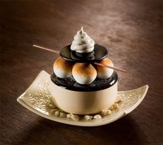 Decadent Pastries Formed From Porcelain and Glass by Shayna Leib - Desserts Gourmet Desserts, Mini Desserts, Plated Desserts, Delicious Desserts, Dessert Recipes, Yummy Food, Dessert Food, Elegant Desserts, French Desserts
