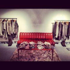 at - Fantasic Wittmann Sofa ! Secret Rooms, Sofa, Couch, Furniture, Home Decor, Settee, Settee, Decoration Home, Room Decor