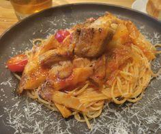KNOCK  豚バラ肉と秋野菜のトマトソース煮込み 「カッスーラ」スパゲッティーニ。