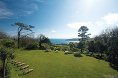 A Cornish Wedding by the sea - the lawn at Rosevine is an intimate venue for you wedding.www.rosevineweddings.co.uk
