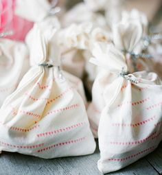 DIY hand stamped party favors | Sherri Koop Photography | 100 Layer Cakelet #favors #birthday #muslinbag