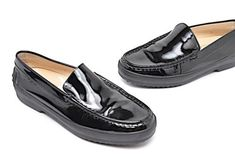 36d5edbfc2b TOD S Black Patent Leather Classic Loafers with Rubber Platform Soles Sz 38