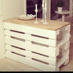 Innovative Pallet Wood Creations - Innovative Pallet Wood Creations Pallet Desk More wood craft Pallet Desk, Wooden Pallet Furniture, Wooden Pallets, Pallet Wood, Outdoor Pallet, Furniture From Pallets, Wood Desk, Wood Table, Rustic Furniture