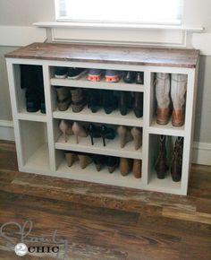 http://diyhshp.blogspot.com/2016/10/8-genius-shoe-storage-ideas.html?utm_source=feedburner Built In Storage, Closet Storage Systems, Home Storage Solutions, Diy Shoe Storage, Diy Shoe Rack, Closet Organization, Bedroom Storage, Shoe Racks, Organization Ideas