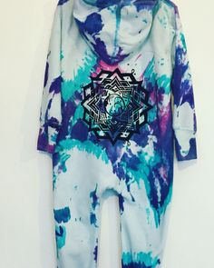 Tie dye onesie moon mandala baby toddler https://www.facebook.com/Baby-kissing-1671827383103447/