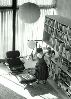 #Eames Interior / Ray Eames in the Eames House living room / Selected by www.20emesiecle.be
