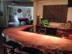Nothing matches the warmth and beauty of natural wood countertops. Whether made from wide wood planks or natural live edge wood slabs, natural wood Wood Slab Countertop, Wooden Countertops, Kitchen Countertops, Wood Bar Top, Live Edge Wood, Wooden Stools, Wood Bars, Rustic Furniture, Furniture Making