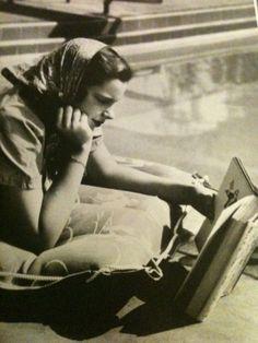 Judy Garland #reading http://sheilablanchette.wordpress.com/category/walking-365-days/