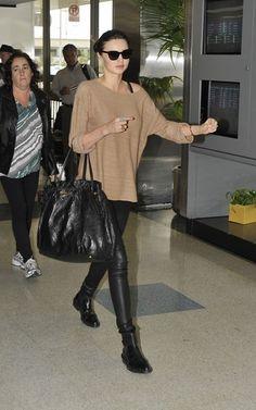 beige sweater, Miranda Kerr