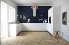 Kitchen Furniture: Our 40 Favorite Kitchen Models - House Side - Bethanie Homepage Kitchen Paint, New Kitchen, Kitchen Dining, Kitchen Black, Kitchen Furniture, Kitchen Interior, Voxtorp Ikea, Küchen Design, House Design