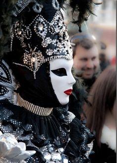 carnival fashion