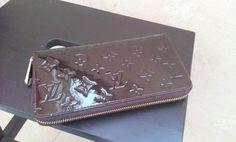 Louis Vuitton Monogram Vernis Zippy Organizer M93610.real shoot. $135+FREE shipping+on-line payment