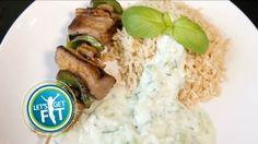 Rundsbrochette met tzatziki en bruine rijst