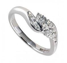 9ct white gold 0.25 carat diamond cluster ring