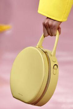 Circle Bags - Cosmopolitan.com