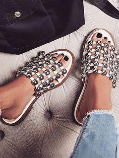Trendy Rivet Embellished Open Toe Platform Sandals