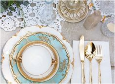 Gold and teal weddin