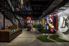 No Rio de Janeiro, Nike abre primeira loja focada exclusivamente no futebol