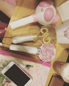 Toys #yeobong #pandabong #candybong #infinite #apink #twice