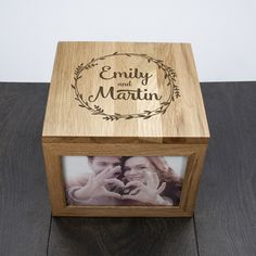 DIY your photo charms, compatible with Pandora bracelets. Make your gifts special. Make your life special! This personalized photo box is a perfect Anniversary Gift, made from Oak and space for four photos 60 Wedding Anniversary, Year Anniversary Gifts, Anniversary Photos, In China, Wooden Photo Box, Photo Boxes, Personalized Anniversary Gifts, Gifts For Your Boyfriend, Gadget Gifts
