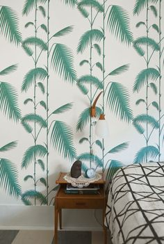 Tropical leaf prints have long been a design classic, thanks in large part to two iconic wallpaper patterns, Martinique and Brazilliance.