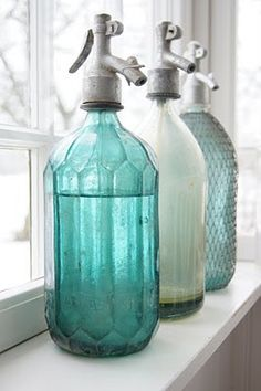 Vintage Seltzer Bottles  |  Norregård  |  http://lantlivinorregrd.blogspot.com