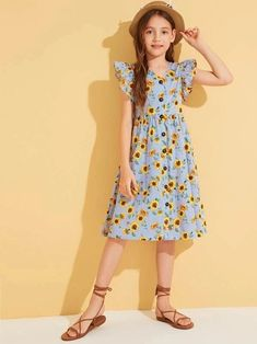 Teenage Girl Outfits, Girls Fashion Clothes, Kids Outfits, Girl Fashion, Fashion Dresses, Girls Maxi Dresses, Cute Girl Dresses, Summer Dresses, Cute Comfy Outfits
