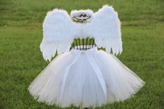 Child Angel Costume Halloween Costume White Tutu with Angel Wings and Halo Set Child sized Christmas Halloween Photo Prop Tween Halloween Costumes, Halloween Photo Props, Tutu Costumes, First Halloween, Christmas Costumes, Halloween Kids, Costume Ideas, Halloween Christmas, Halloween 2017