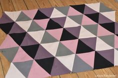 DIY patchwork with triangles (for pillows and blanckets)